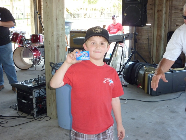 2010-fishing-tournament-party-2